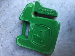 Four (4) John Deere 20 Kg (40 lb) Suitcase Weights