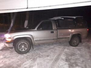 Chevrolet Siilverado 2000 4x4 v8 automatique