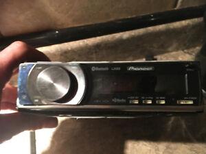 Pioneer car stereo DEM-P7000BT