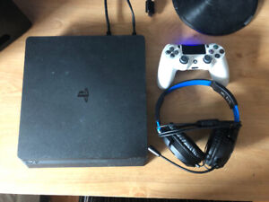 PS4 Slim 1tb with games/accessories