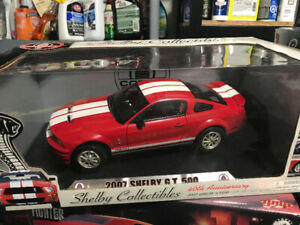 Ford Mustang Shelby GT 500 2007 Shelby Collectibles diecast 1/18