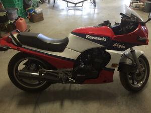 1986 Ninja 900