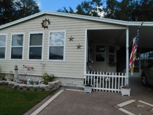 HUGE MOBILE HOME 2 BED-2 BATH- 2 FLORDIA ROOMS A MUST SEE.