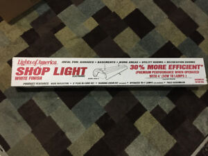 Shop light - new in box