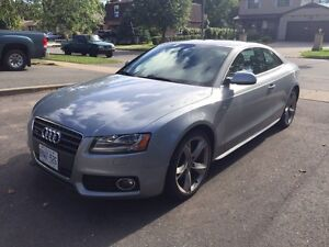 2010 Audi A5 2.0T in Great condition