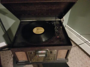 Crosley record player/CD/cassette and CD recorder