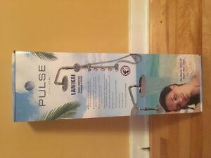 Pulse shower spa- lanikai