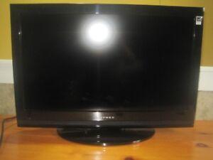 "26"" DYNEX LCD TV"