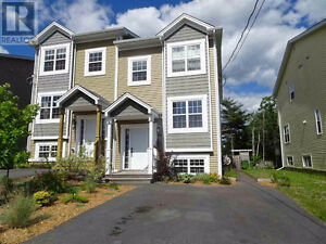 Beautiful 3 Bedroom Townhouse for Rent - Kelly Street