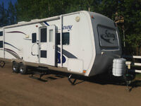 LOADED 30 FT HOLIDAY RAMBLER SAVOY LX W/QUAD BEDS