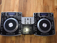 DJ decks and controllers