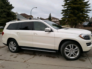 2013 Mercedes-Benz GL 350 - 7 Passenger,  Diesel, Loaded!