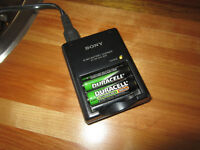 Sony BC-CS2A AA/AAA NI-MH Battery Charger c/w 2 batteries