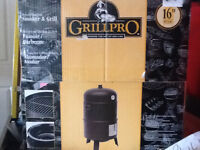 Pro grill smoker / barbeque