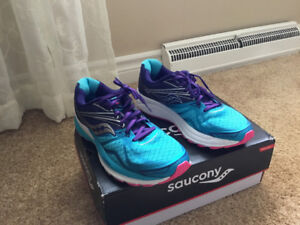 Running shoes - Saucony