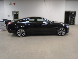 2011 JAGUAR XJ SUPERCHARGED! 470HP! 74,000KMS! ONLY $34,900!!!!