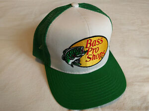 Embroidered Bass Pro Mesh Hat - Green