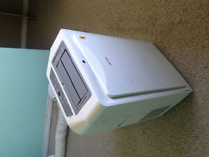 REDUCED Portable Air Conditioner/heater/dehumidifier