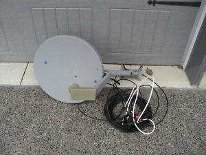 DIRECT TV DISH W/ WIRE + SPLITTER ~ $35 TAKES!