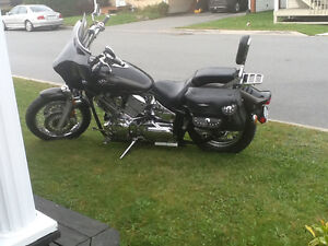 Yamaha V star 2003 excellente condition