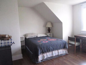 tw0 furnished rooms available on March 1