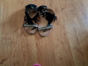 Sandals size 13