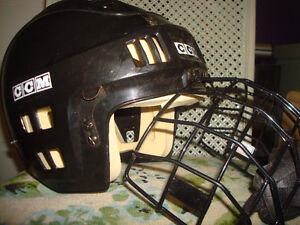 2 NICE HOCKEY HELMUTS WITH CAGE & CHIN GUARDS Windsor Region Ontario image 4