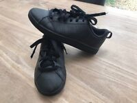 Black Adidas Trainers Size 2.5 £5.00