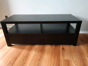 TV stand with 2 drawers