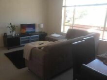 Big bright 2 bedroom apartment available Rand Urana Area Preview