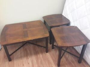 *** USED *** ASHLEY FLETCHER COFFEE/END TABLES   S/N:51152503   #STORE921