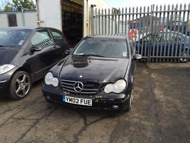 Breaking mercedes c180 auto w203 2002