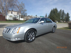 2011 Cadillac DTS Luxury Sedan,2 sets of wheels