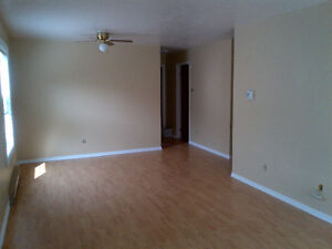 2 Bedroom Available Juen 1st close to UdeM