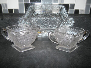 STUNNING 3 PIECE CUT-GLASS CREAM & SUGAR SET with SERVING TRAY
