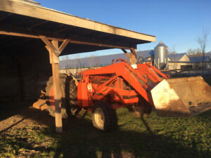 David Brown tractor - $6500 (Chilliwack)