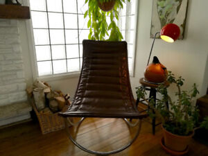 Unique and Stylish Mid Century Sling Chair,