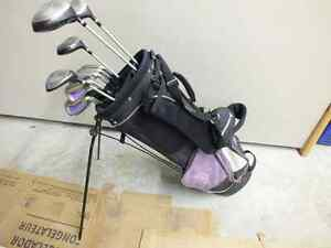 Ladies Right Handed 11pcs Dunlop Golf Clubs with Bag