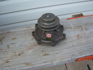 FORD/NEW HOLLAND DIESEL WATER PUMP for 7.8L withcasting #2T600-1