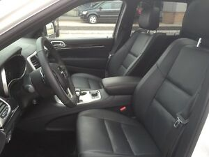 2015 Jeep Grand Cherokee Overland**Leather, Nav, B-up Cam,Pano** London Ontario image 14