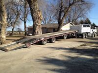 Tilt deck pintle hitch trailer