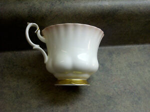 royal albert bone china Kitchener / Waterloo Kitchener Area image 1