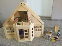 Melissa and Doug deluxe wooden dollhouse