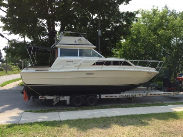 1979 Sea Ray Boats 300 Sedan Bridge