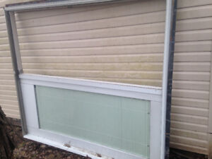 6ft patio sliding door, good condition $125,