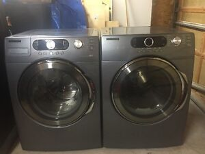 Gorgeous Samsung Front Load Washer & Dryer 9/10 MINT !