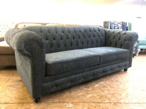 CHARCOAL BRAND NEW TUFTED SOFA+LOUNGE CHAISE (CANADIAN MADE)