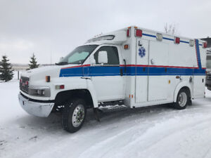 """DIESEL"" 2005 GMC C4500 EX AMBULANCE ""VERY SPACIOUS"""
