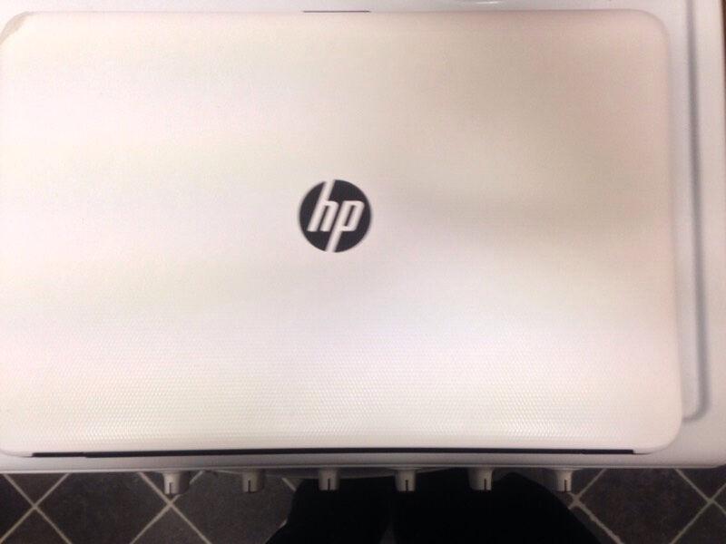 White Hp hi-spec windows 10 1tb laptop | in Sheffield, South