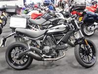 17/17 DUCATI SCRAMBLER 400 SIXTY 2 62 SIXTY TWO ONLY 900 MILES